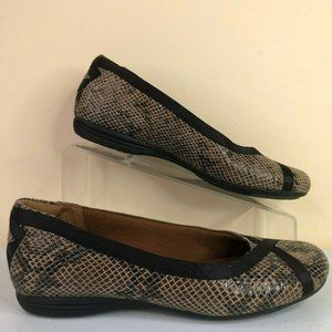 Cobb Hill Loafers Snake Print Brown Leather